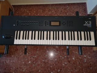 Workstation sintetizador Korg X3