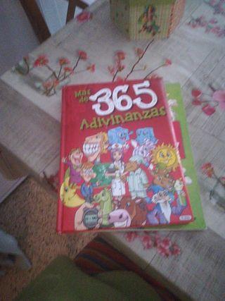 Libro de adivinanza y libro aprende ingles disney