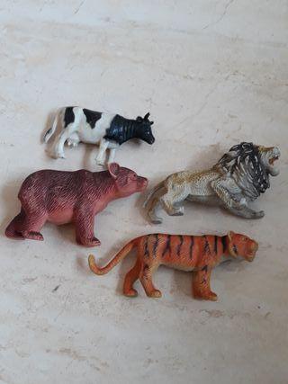 Animales de juguete