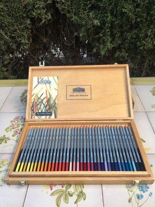 Caja NUEVA de lápices acuarelables Derwent