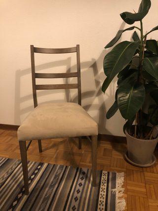 4 sillas comedor en muy buen estado