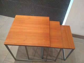 conjunto de mesas auxiliar