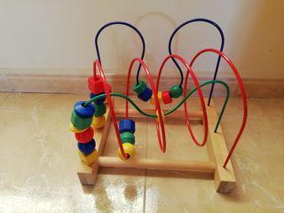 Juguete infantil de estimulación motriz.
