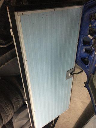 Puerta con marco de camara frigorifica