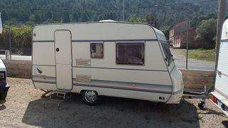 Caravana Burstner Holiday 390