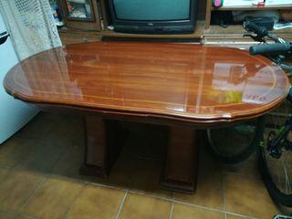 Vendo conjunto de mesa y sillas