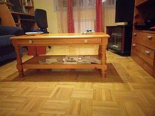 Mesa bajista de centro de madera natural pino
