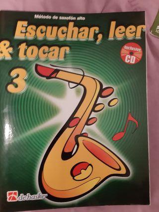 Escuchar, leer y tocar 2,3 saxo alto
