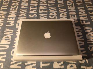 """Mac book air 13"""" modelo 2017"""