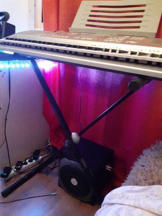 Piano Casio Ctk-800 Con Stand y Caja