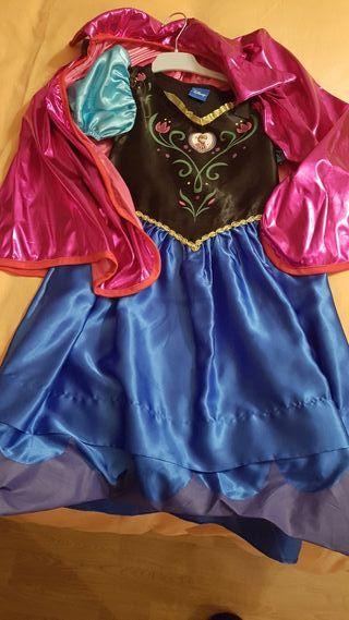 Disfraz Ana y capa Elsa