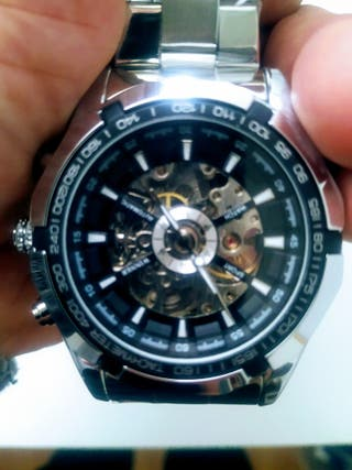 Reloj automático