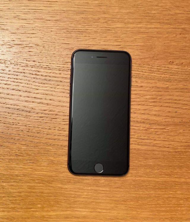 iPhone 8, 64gb, black