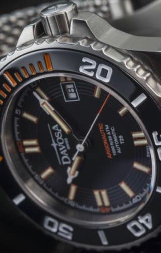Reloj Automático Davosa Argonautic Lumis Rojo