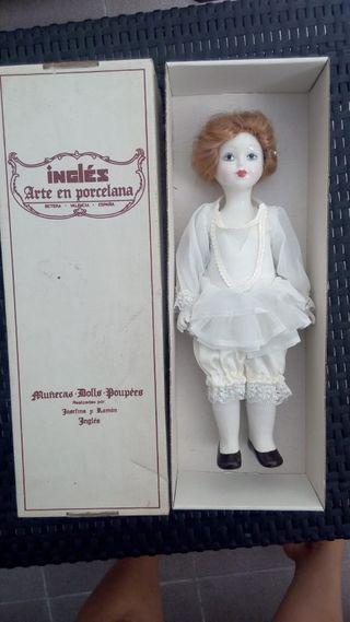 Muñeca Inglés. Josefina y Ramón.