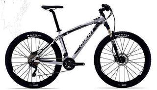 Bicicleta giant talón 27.5 1LTD