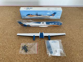 Maqueta Islas Airways ATR-72 escala 1:100