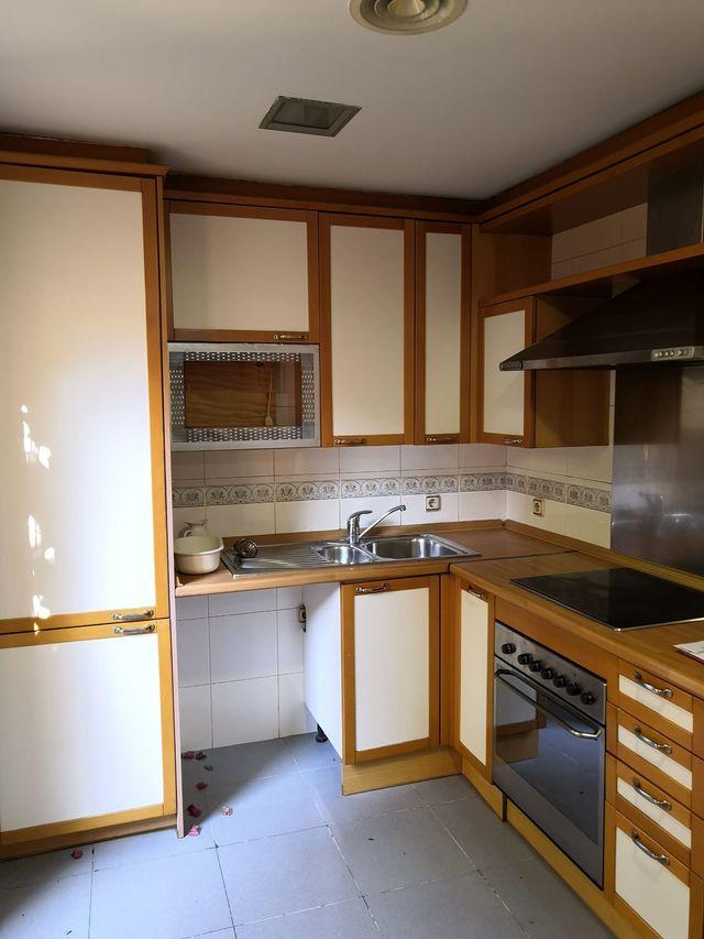 Muebles de Cocina de segunda mano por 200 € en Madrid en ...