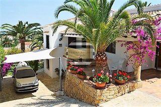 Villa en venta en El Montgó en Dénia