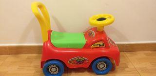 correpasillos juguete coche