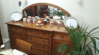 Mueble aparador clásico