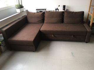 Sofá cama con chaiselongue con almacenaje
