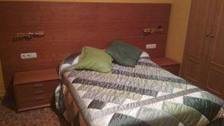 Conjunto de dormitorio madera noble