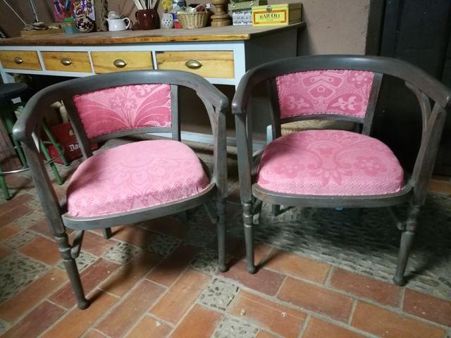 Dos sillones vintage madera maciza.