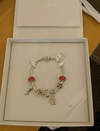 chamilla Xmas bracelet