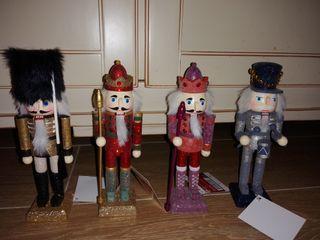4 figuras cascanueces nuevas