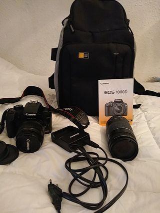 cámara réflex Canon con dos objetivos
