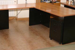 Conjunto muebles oficina o zona de estudio