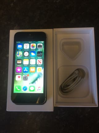 iPhone 5s 16GB Space Grey Unlocked.