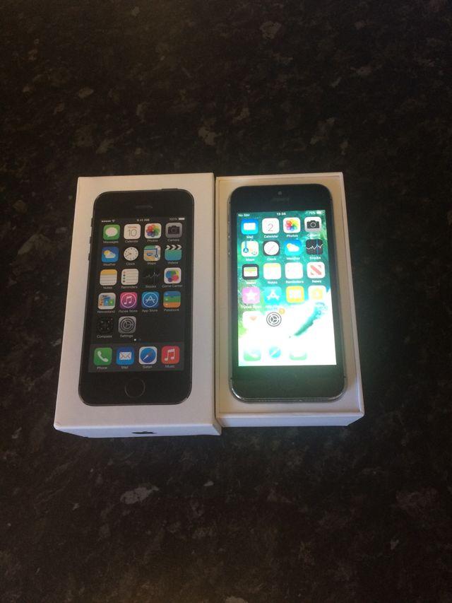 iPhone 5s 16GB Space Grey Unlocked.