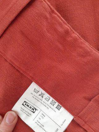 2 cortinas rojas largas Ikea