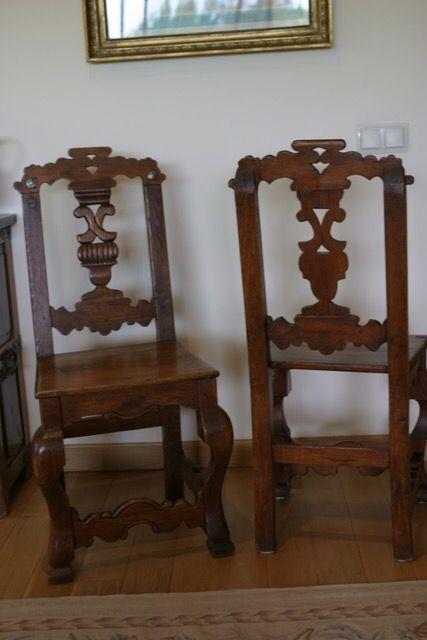 Sillas antiguas con tallado artesanal