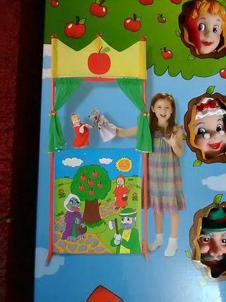 teatro y 4 Marionetas Caperucita roja