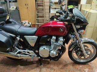 Moto Honda CB 1100 año 2013