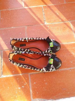 Zapatos planos de segunda mano por 5 € en Mataró en WALLAPOP