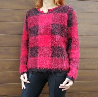 Jersey pelo rojo y negro