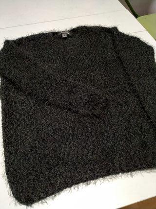Jersey negro calentito impecable