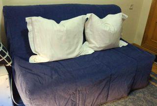 Sofá cama doble, 1,40 ancho y 1,90 de largo.