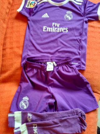 Traje/ equipación Real Madrid