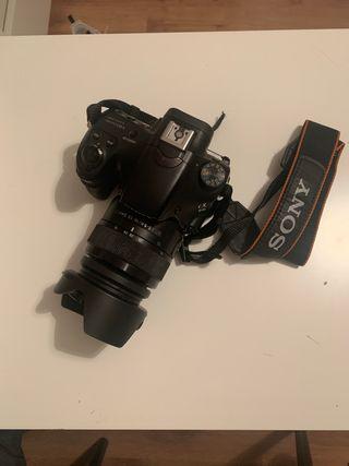 Camara reflex Sony Alpha 58 + objetivo
