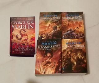 Libros Juegos de tronos + Sangre y Fuego