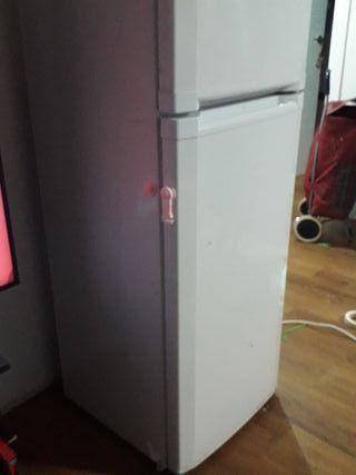 nevera/frigorífico