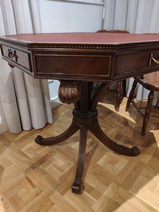 Mesa de juegos madera noble antigua y 4 sillas