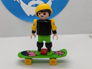 Playmobil niño skate