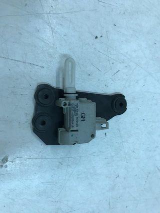 Motor cierre centralizado opel meriva