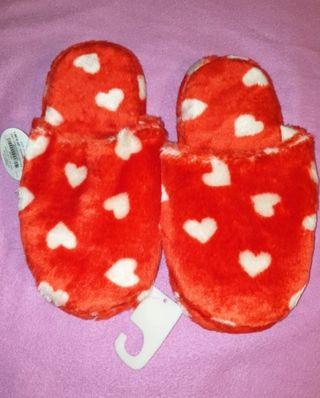 zapatillas corazones NUEVAS n.40